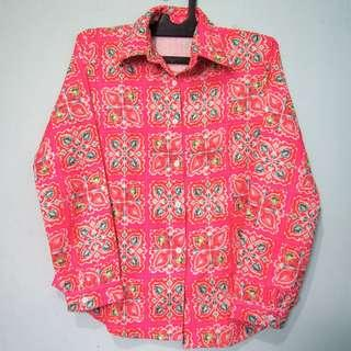 Kemeja pink motif