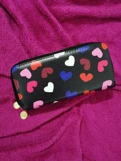 Heart spacious pouch
