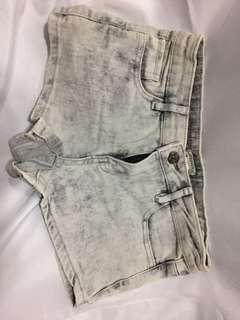 FOREVER21 女裝短褲