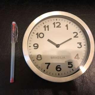 KARE design Clock