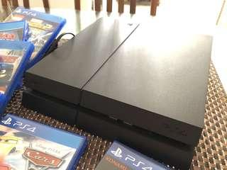 Playstation 4 1TB with 7 Games & 2 Controllers