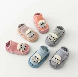 <<NEW>> Baby/ Toddler Shoes - Booties