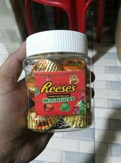 reeses in a jar
