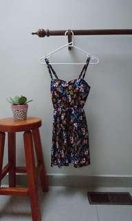Floral dress xs