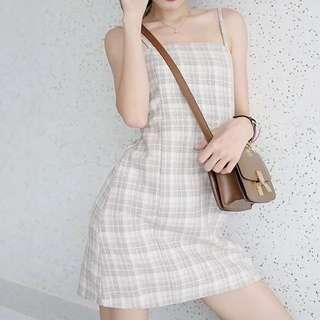 🚚 降‼️復古吊帶格紋連衣裙
