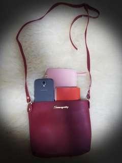 Brand new handbag with adjustable shoulder strap