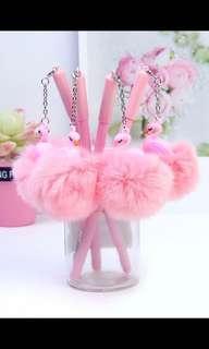Pom Pom flamingo pen