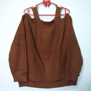 Sweater coklat sabrina