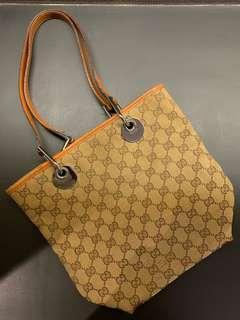 Gucci Bucket Bag (Tangerine Lining)