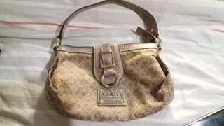 Reprice guess small handbag