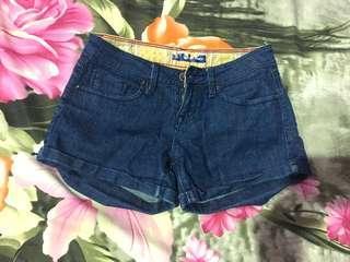 Short pants / Hot pants jeans