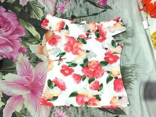Flowery Sabrina Top