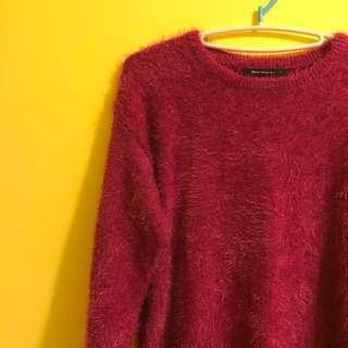 🚚 Mercci22 莓果毛海針織上衣