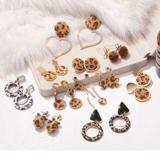 🚚 秋冬新款時尚耳環