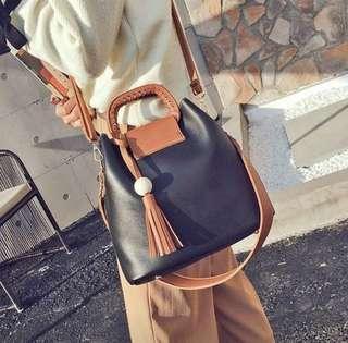 🚚 Crossbody Sling Bag