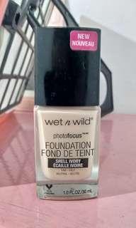 Foundation Wet n Wild photofocus
