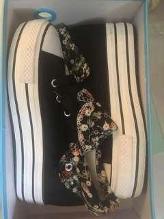 碎花高幫厚底鞋