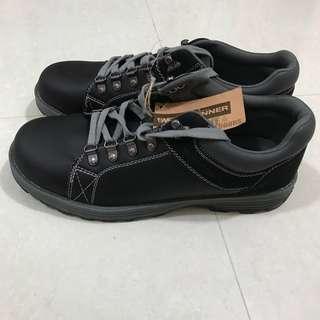 Brand new Weinbrenner Man Shoe