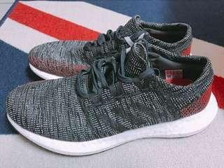 Adidas 慢跑鞋US10