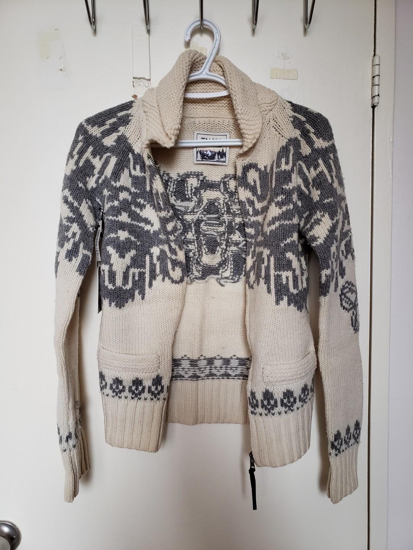 Aritzia TNA wool jacket - small
