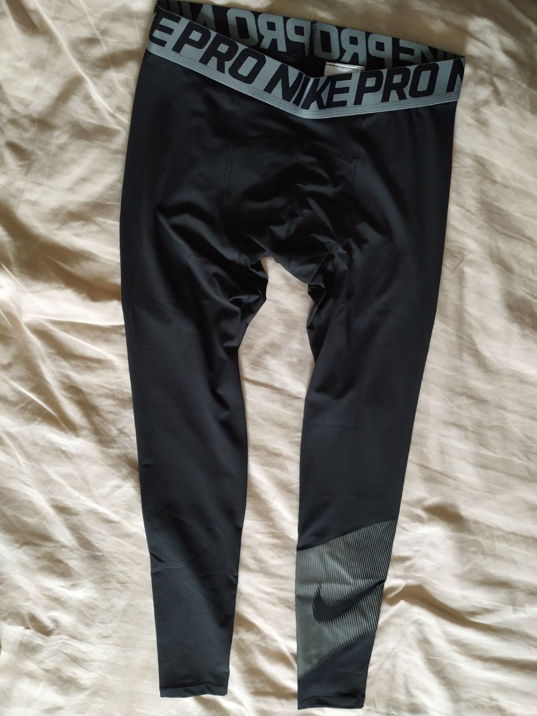 e58262c3c8413 Brand new nike pro training tights size small, Sports, Sports ...