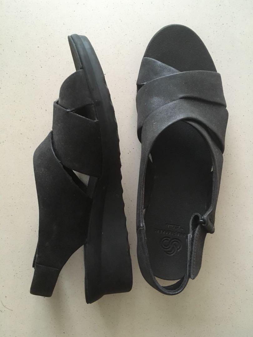 4e239da6319b Clark s Caddell Petal Sandal