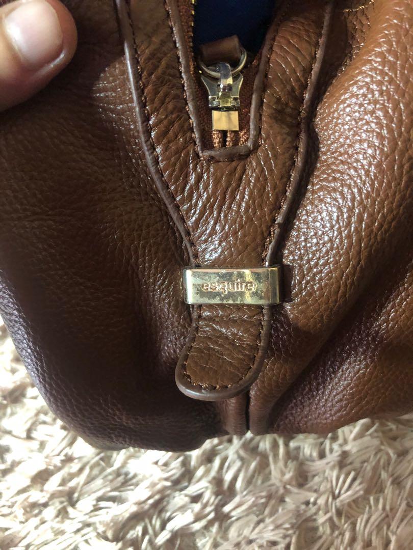 138ba7c4a8 Esquire Shoulder Bag