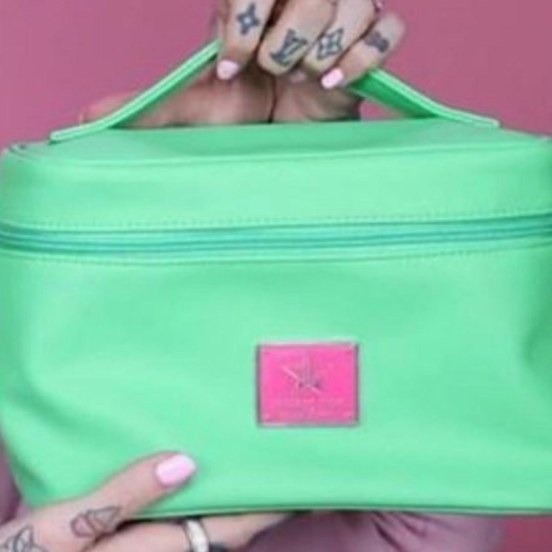Jeffree Star Green Travel Makeup Bag Train Case BRAND NEW & AUTHENTIC [PRICE IS FIRM, NO SWAPS]