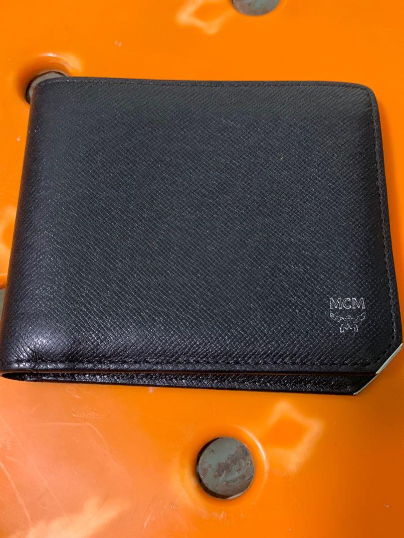 size 40 92505 45c95 Mcm authentic men wallet