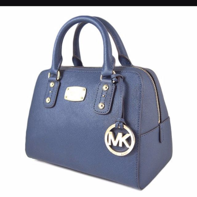 e1c6ab2f31e1 MK Saffiano Satchel, Women's Fashion, Bags & Wallets on Carousell