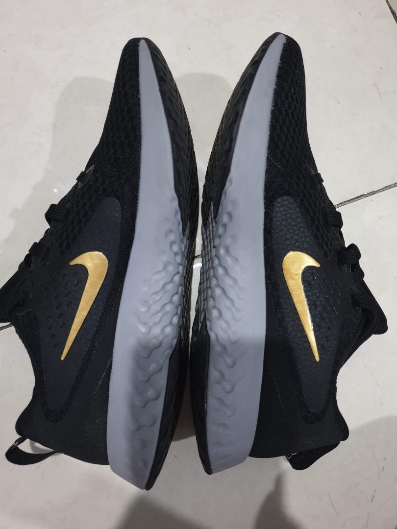 brand new 6cf1f c071f Nike React Legend, Women's Fashion, Shoes on Carousell