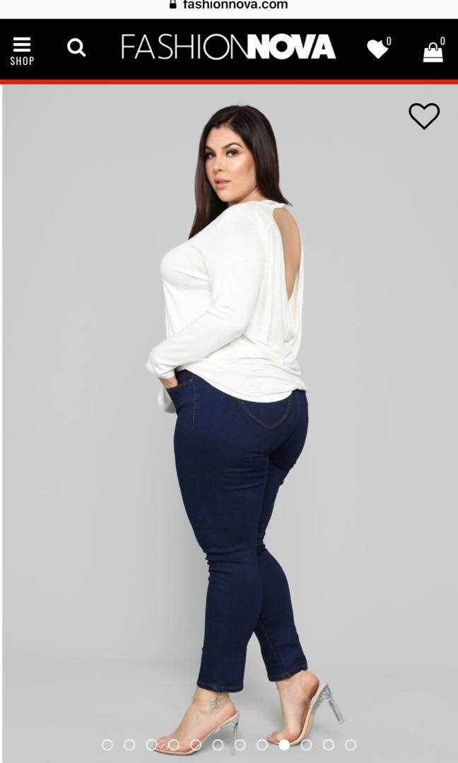 645090c0b93 PLUS SIZE booty shaping jeans 😂