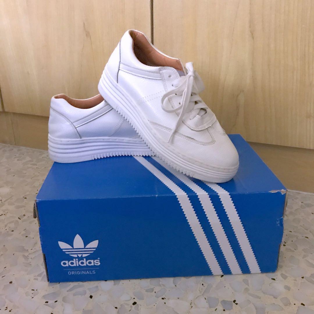 hot sale online e8ba9 0935e Home · Women s Fashion · Shoes · Sneakers. photo photo ...