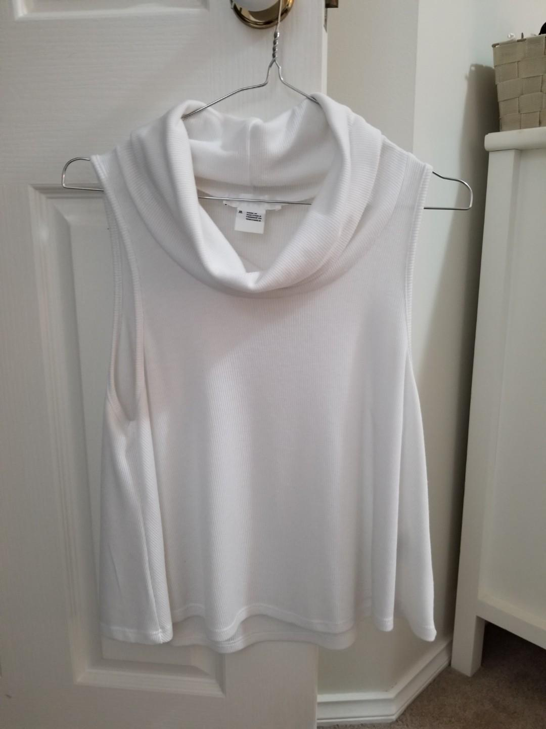 WHITE LOOSE TURTLE NECK TOP