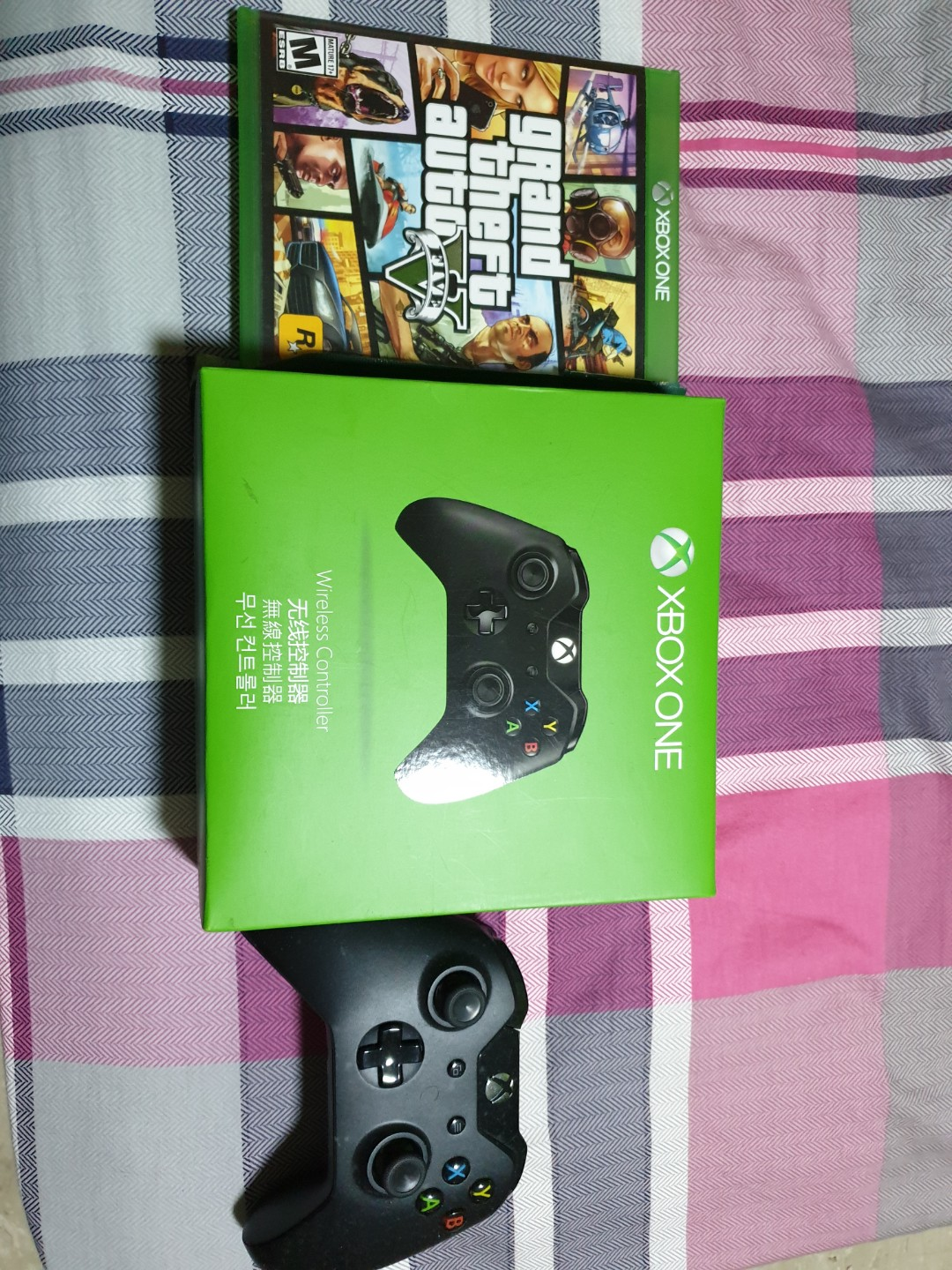 Xbox one with extra controller