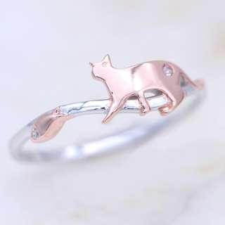 Cat and fish silver ring with diamond, dainty minimalistic, tigarpaws collection, RN333