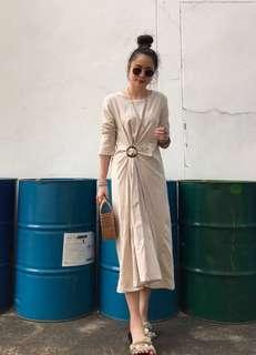 [BEST SELLING] Buckle Waist Dappling Maxi Dress in Cream