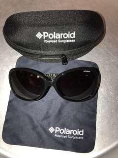 Polaroid sunglasses 太陽眼鏡