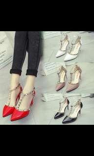 Preorder Korean style studded pointed high heel shoes , waiting time 15 days after payment is made*pm to order