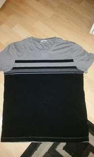 Calvin Klein V-Neck Shirt