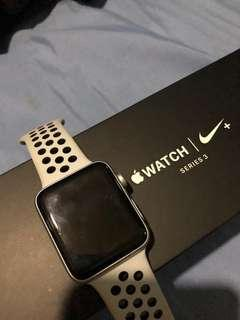 I watch series 3 nike editions