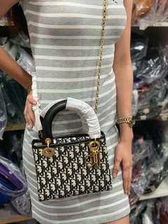 Dior sling