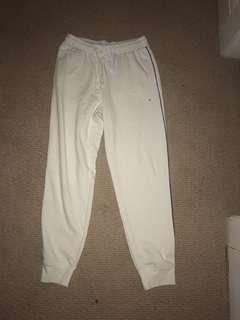 New AE White sweatpants