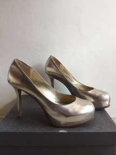 Heels Charles & Keith Gold