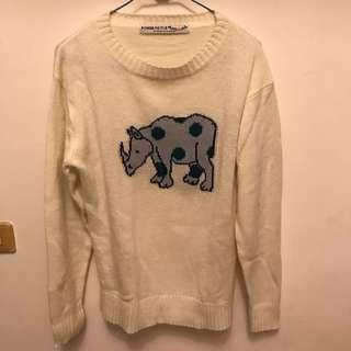 🚚 日貨 童趣犀牛毛線衣#十二月女裝半價