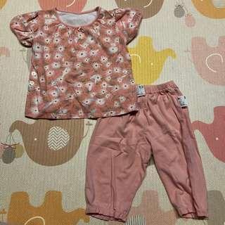 🚚 Uniqlo 小女童短袖居家服睡衣套裝 - 100/橘