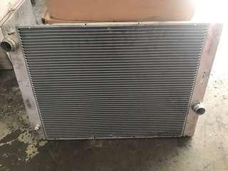 Bmw e60 radiator