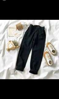BNWT Black Boyfriend Jeans
