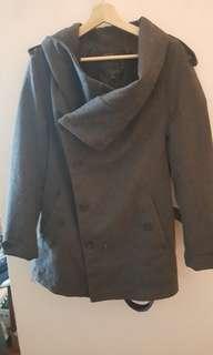 5 cm grey coat, jacket size Large