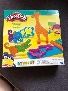 Playdoh Animal Make and Mix Zoo